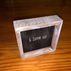 """""""i love us"""" decor vintage rustic sign"""